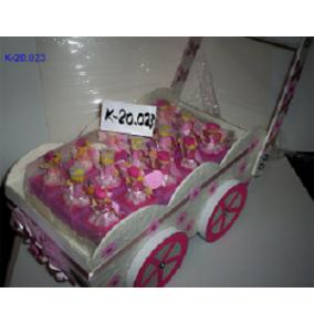K-20.023 Darčekové krabičky v stojane kočík
