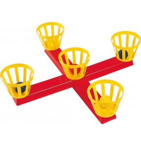 Hra hádzanie gulôčok-kríž